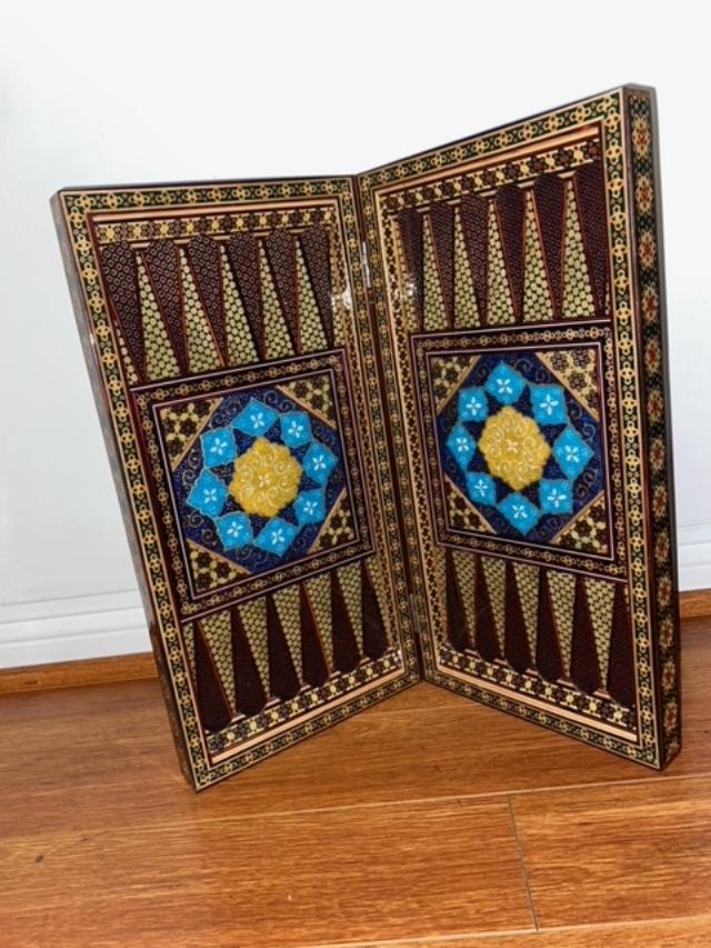 handmade-persian-khatam-backgammon