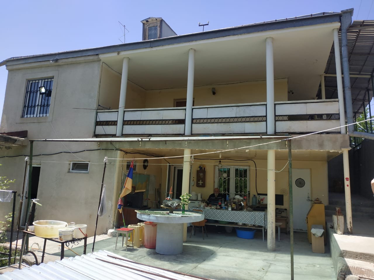 5bed-1-bath-house-in-byurakan-by-the-observatory